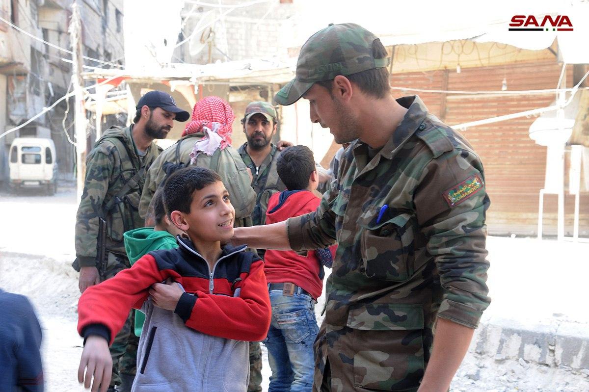 Photo of الجيش يؤمن.. والارهاب يستهدف المدنيين بممر حرستا