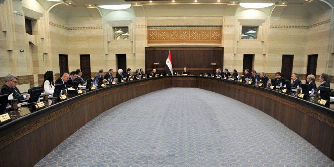 Photo of الحكومة تطلب مراقبة عمل مكاتب الشهداء في المحافظات