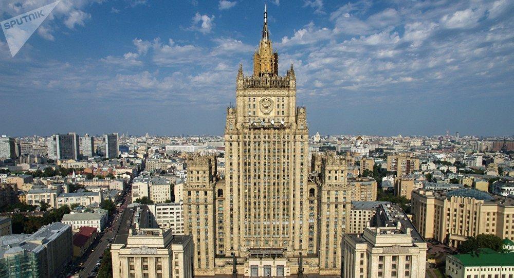 Photo of موسكو تأمل ألا تصل الأمور إلى مواجهة مباشرة مع واشنطن في سوريا