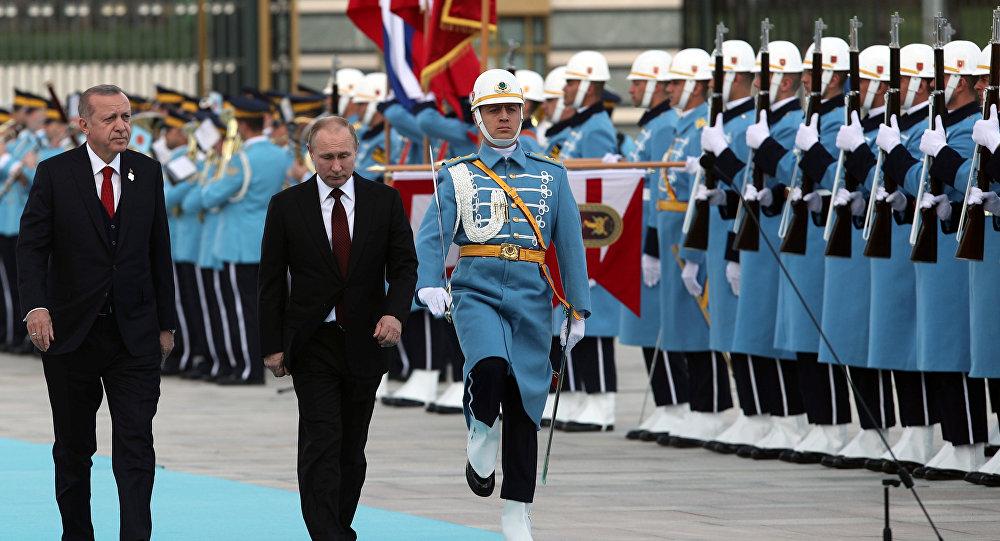 Photo of بوتين يصل أنقرة بأول زيارة رسمية بعد فوزه بالانتخابات