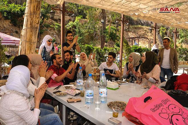 Photo of بالصور- دمشق تنبض بالحياة