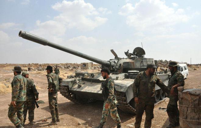 "Photo of الجيش يحشد قواته جنوب دمشق تمهيدا لهجوم ضد ""داعش"""