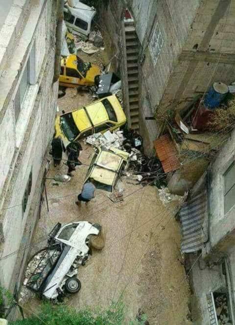 Photo of سيول وفيضانات دمشق… ومن يعوض على المتضررين في ركن الدين وغيرها؟
