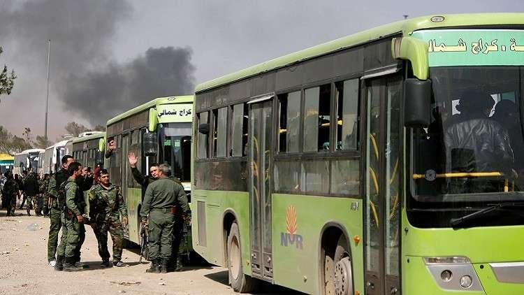 "Photo of خلافات بين إرهابيي ""دوما"".. تُأخر خروج الدفعة الرابعة"