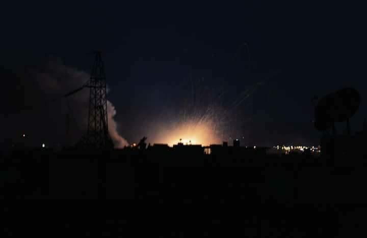 Photo of مشاهد ليلية لاستهدفات الجيش في الحجر الأسود