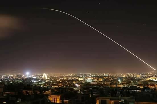 Photo of سوريا تتصدى لعدوان ثلاثي