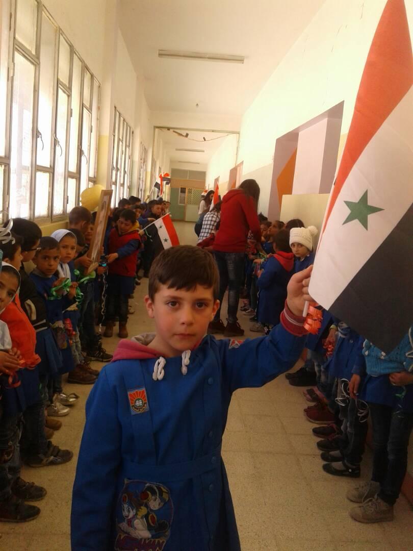 """Photo of رسالة حب من """"أطفال حضر"""" للجيش العربي السوري"""
