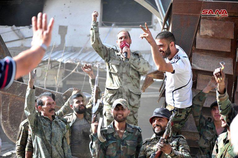 Photo of بالصور والفيديو – فرحة أسود الجيش العربي السوري بتحرير جنوب العاصمة