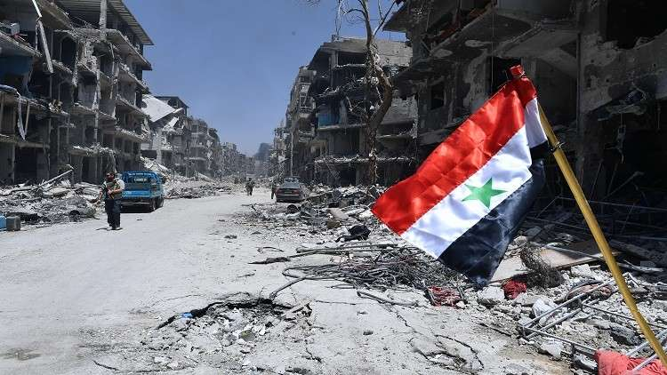 Photo of بدء عودة سكان مخيم اليرموك إلى بيوتهم