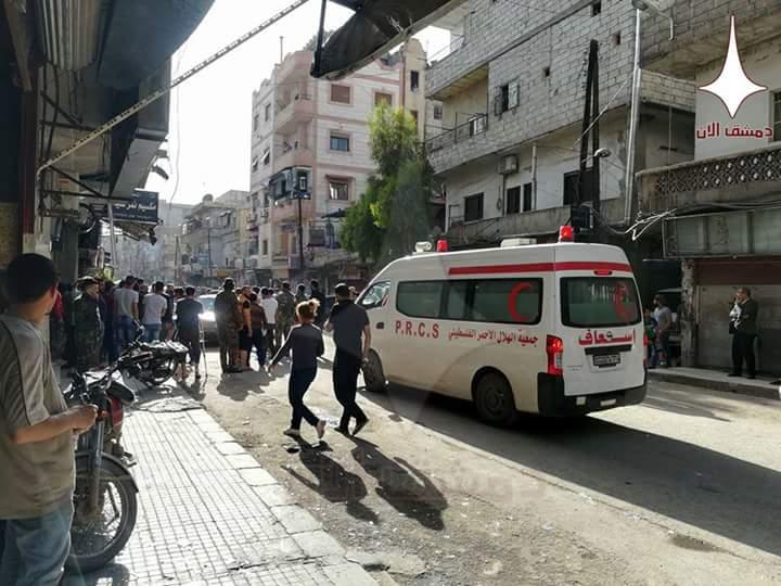 Photo of (صور) قذائف صاروخية على حي التضامن