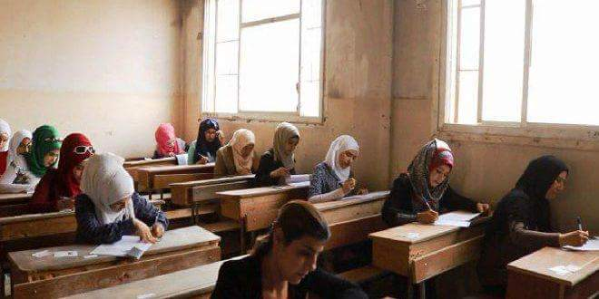 Photo of Over 5000 students continue high school final exams in Deir Ezzor