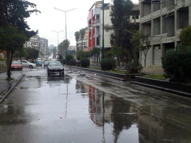 Photo of أجواء أكثر برودة من المُعتاد بشكل واضح يوم الثلاثاء وهطول لزخات المطر