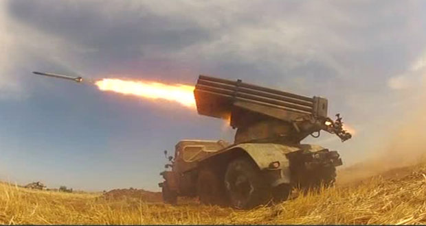 Photo of Syrian Arab Army carries out artillery strikes on terrorists' movements and dens in Idleb countryside
