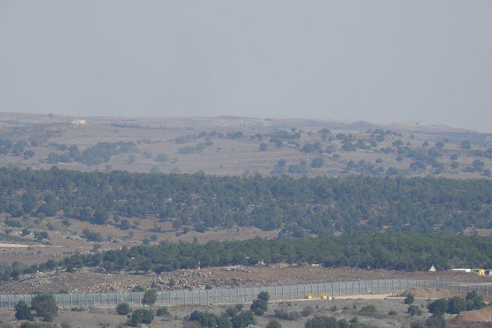 """""""اسرائيل"""" بالتسنيق مع المجموعات الإرهابية تُدخل مساعدات لريف القنيطرة الجنوبي"""