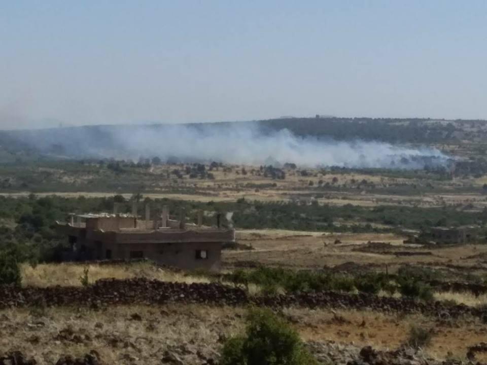 Photo of المجموعات الإرهابية تُحرق الأرضي الزراعية جنوب حضر