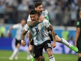 Photo of الأرجنتين تهزم نيجيريا وتتأهل لمواجهة فرنسا في ثمن النهائي