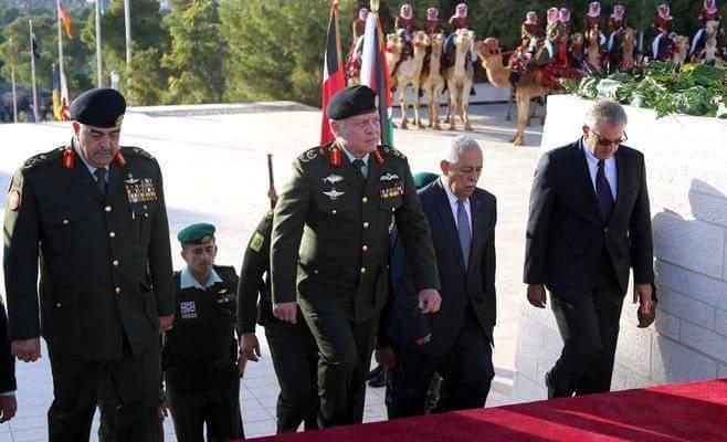 Photo of الأردن يقبل فكرة وطن بديل .. مسلم على الطريقة الجنبلاطية حيث مصالحنا سنكون
