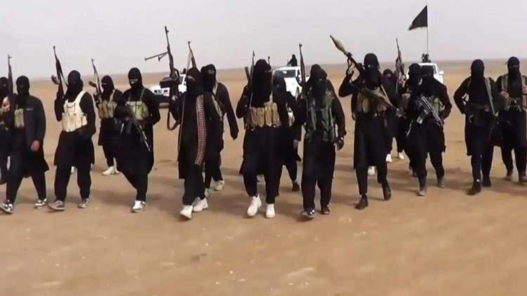 "Photo of داعش تٌهاجم قسد و تسيطر""الصيجان"" النفطي بريف دير الزور"