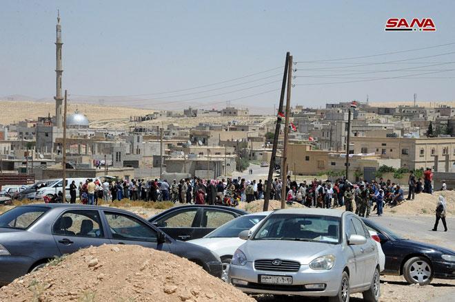 Photo of بدء عودة اللاجئين السوريين من لبنان