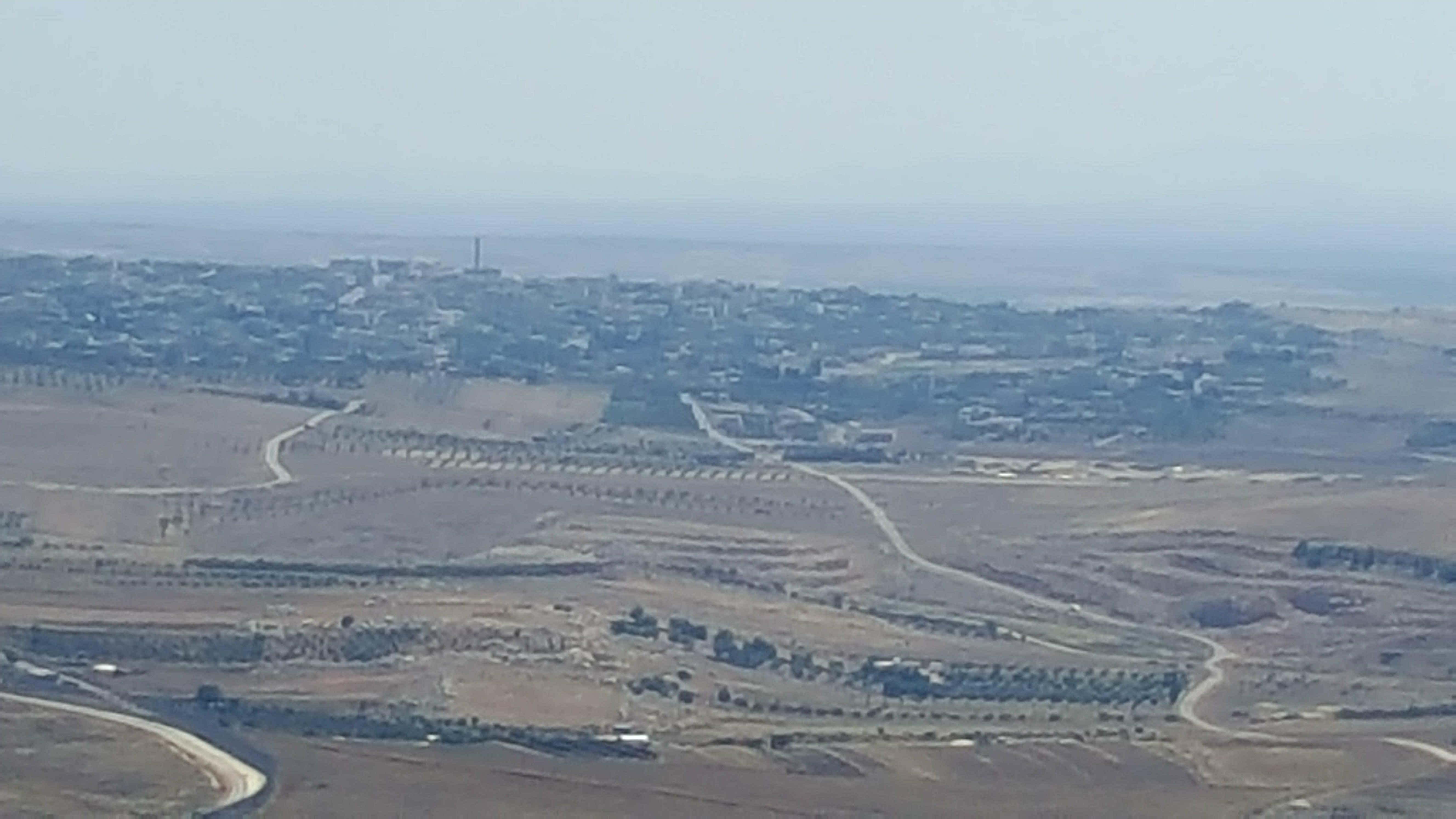 Photo of National flag hoisted in Jibat al-Khashab town in Quneitra countryside