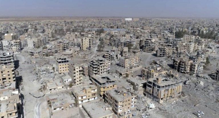 Photo of روسيا تدعو بريطانيا للمشاركة بإعمار سورية