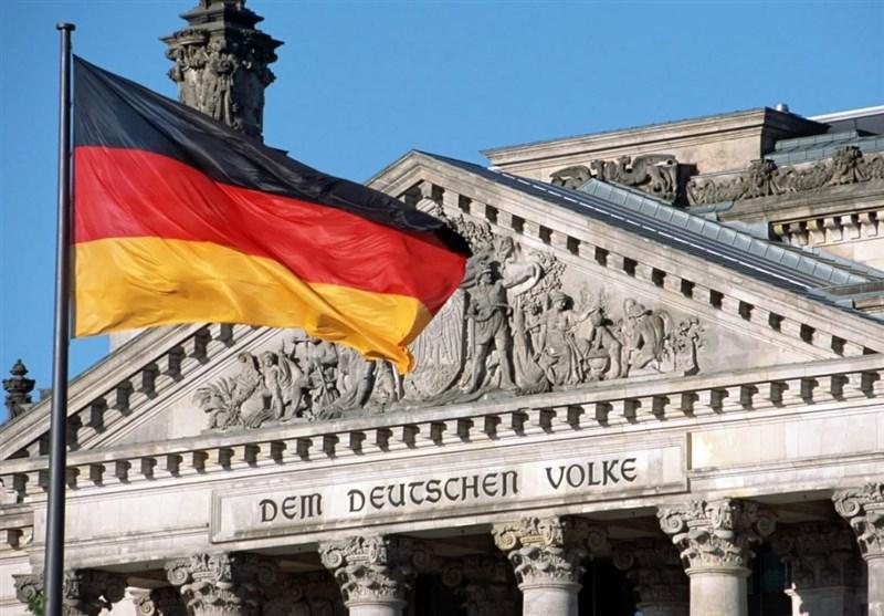 Photo of ألمانيا تدعو الاتحاد الأوروبي للرد على العقوبات الأمريكية