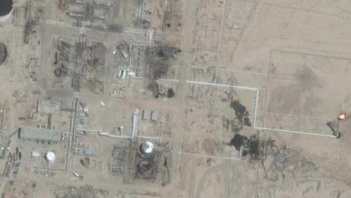 """Photo of تعاون بين """"قسد و امريكا"""" بسرقة حقل التنك النفطي ثان أكبر حقل في سوريا"""