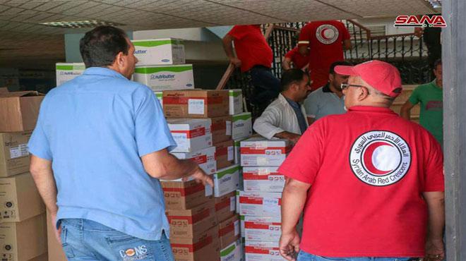 Photo of توزيع مساعدات غذائية وصحية على أهالي بصرى الشام وزيزون بريف درعا