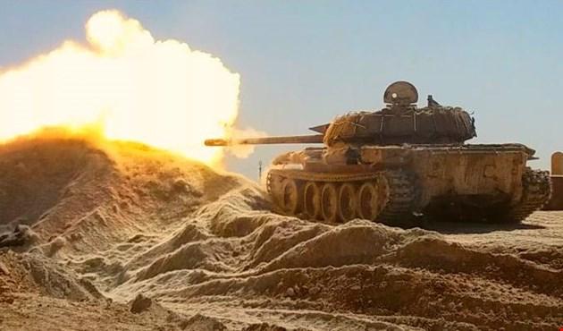 """Photo of الجيش يكتسح مواقع """"داعش"""" في بادية السويداء بعد قطع طرق امداداته"""
