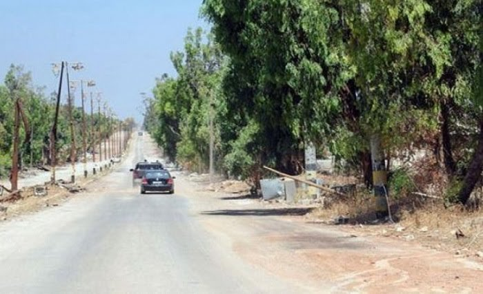 "Photo of إعادة افتتاح طريق ""درعا – المزيريب"" بعد ازالة السواتر والأنقاض"