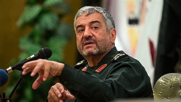 "Photo of قائد الحرس الثوري الإيراني يسخر من ترامب ويصفه بـ ""سياسي هاوٍ"""