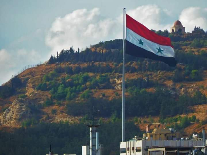 Photo of National flag fluttering over Inkhel city in Daraa countryside ahead of restoring state institutions