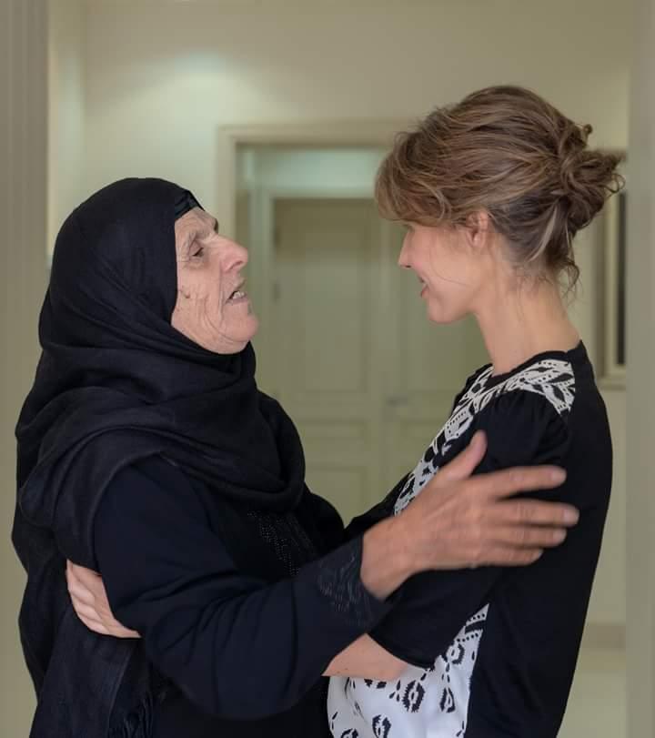 "Photo of مجدداً… ""سيدة الياسمين"" تستقبل عوائل الشهداء"