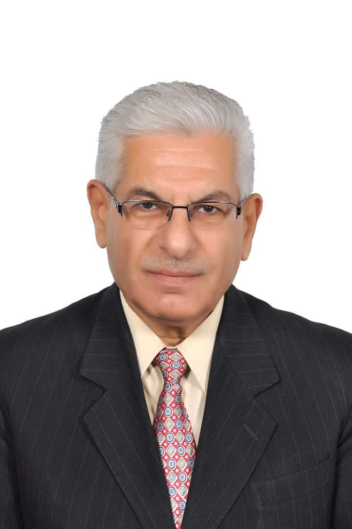 Photo of الدكتور المهندس السوري طاهر رجب قدار أول عربي يتسلم رئيس هيئة تحرير مجلة هندسة و علوم النسيج الامريكية الدولية