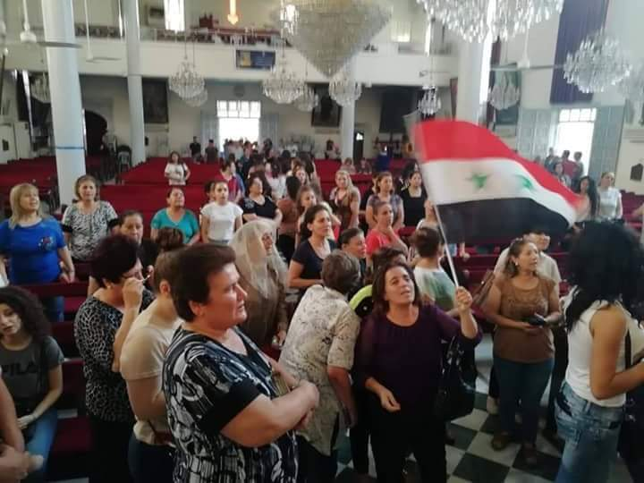 Photo of Hundreds of citizens protest in Qamishli against imposing informal curriculum by Asayish