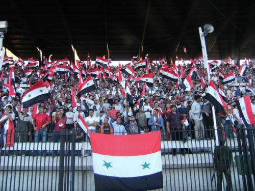 Photo of الاتحاد السوري لكرة القدم يخفّض أسعار بطاقات الدخول إلى الملاعب دون أن يلغيها!