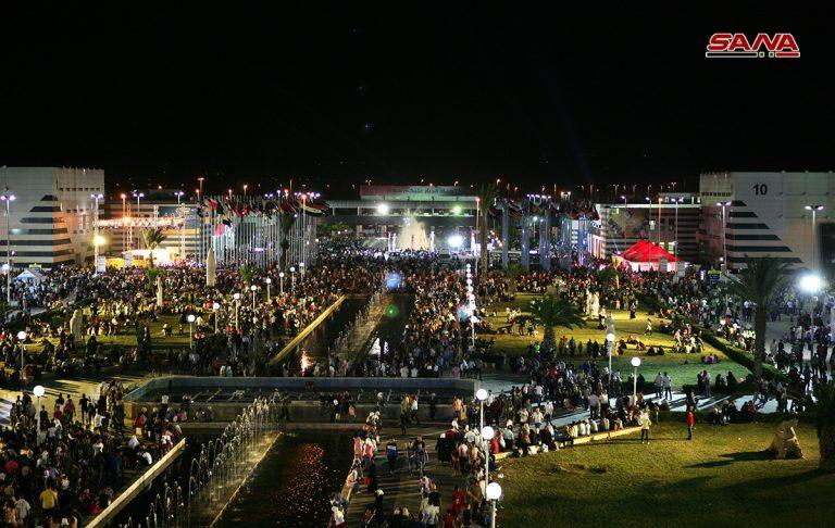 Photo of 500 ألف زائر لمعرض دمشق الدولي… بلا وسائل نقل!