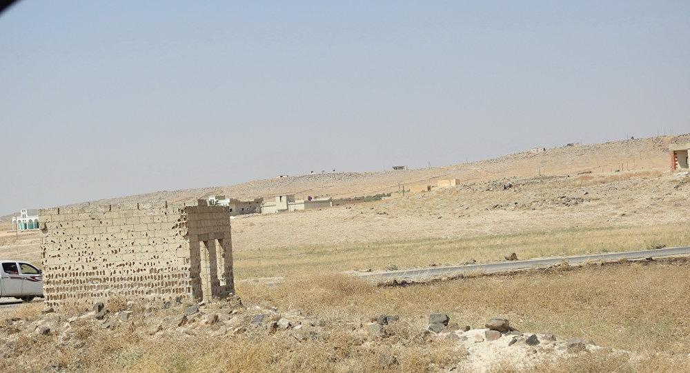 """Photo of الخوذ البيضاء"""" تنقل شحنات من السارين والكلور إلى ثلاث مناطق في إدلب"""