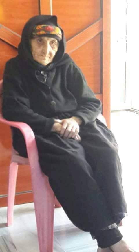 Photo of وفاة المعمرة السورية ذات 107 سنوات أم شهيد و جدة 14 حفيد شهيد