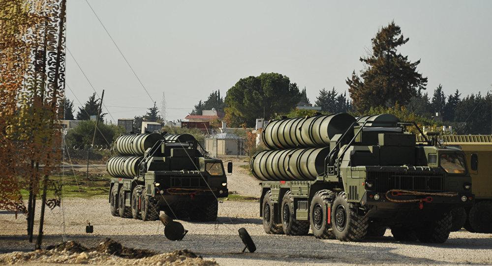 """Photo of روسيا توقع اتفاقاً لتوريد الهند منظومات """"إس 400"""" الدفاعية"""