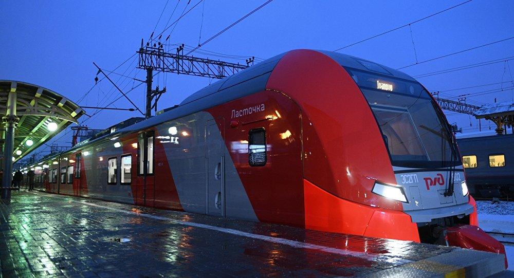 Photo of رئيس السكك الحديدية في دمشق: الشركات الروسية ستشارك في إعادة بناء السكك الحديدية السورية