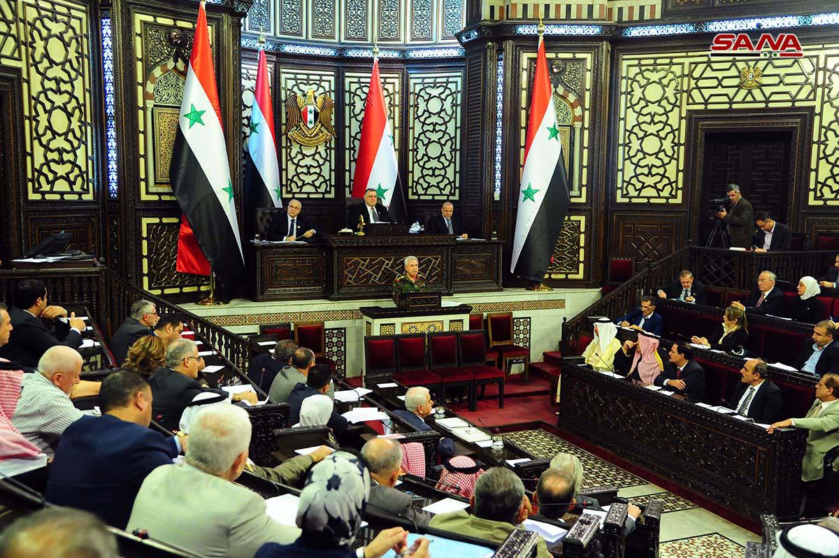 """Photo of """"وزير الدفاع"""" تحت قبة مجلس الشعب: ندرس إمكانية تسريح كافة دورات الإحتياط"""