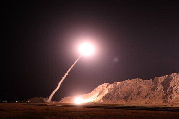 Photo of بالصور- صواريخ إيرانية على أهداف إرهابية في الفرات