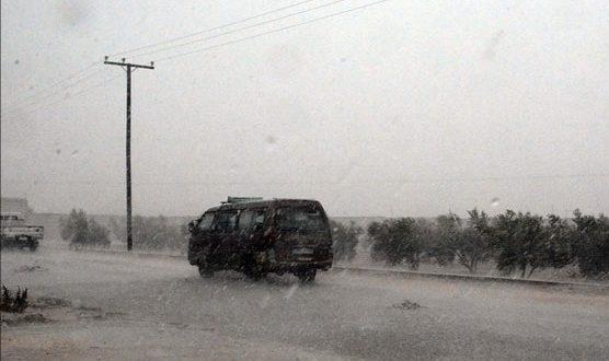 Photo of انقطاعات متقطعة في التيار الكهربائي عن كامل محافظة القنيطرة جراء الأجواء السائدة