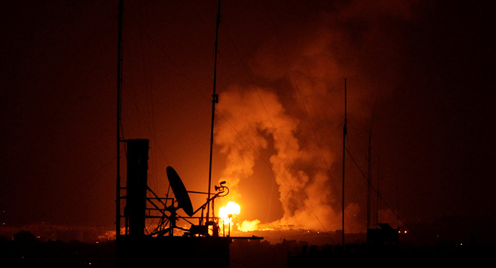 "Photo of ""حلب الشهباء"" تٌقصف بالغازات السامة"