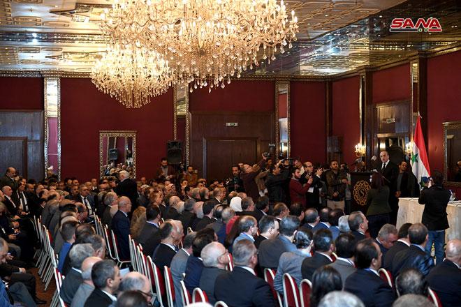 Photo of افتتاح المؤتمر الصناعي الثالث و الحكومة تعمل على حزمة إجراءات لاستعادة قدرتها الإنتاجية