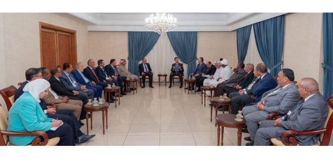 Photo of الأسد: الإعلام يجب أن يكون أول من يتصدى لمعالجة الثغرات الموجودة في المجتمعات العربية والمرتبطة بشكل أساسي بأزمة الهوية