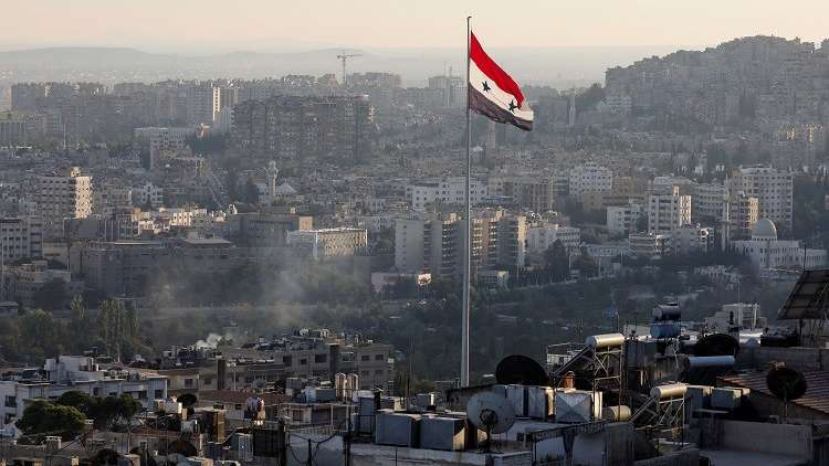 """Photo of بعد """"غزل"""" مصري وأنباء عودة الدبلوماسيين الإمارتيين.. وفد أردني إلى دمشق للقاء الأسد"""