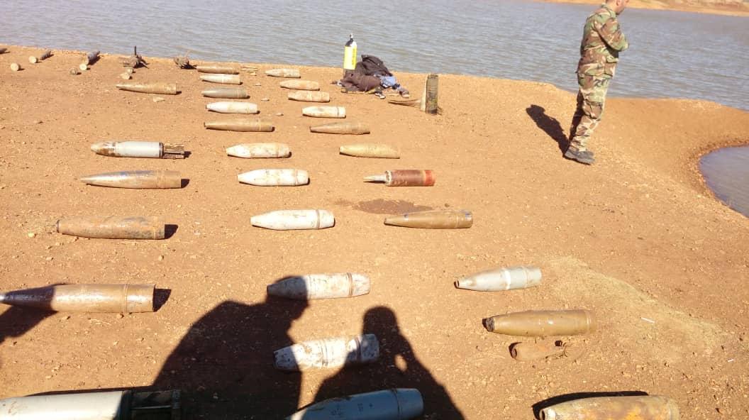 Photo of العثور على أسلحة و ذخيرة في بحيرة الحرية بريف القنيطرة