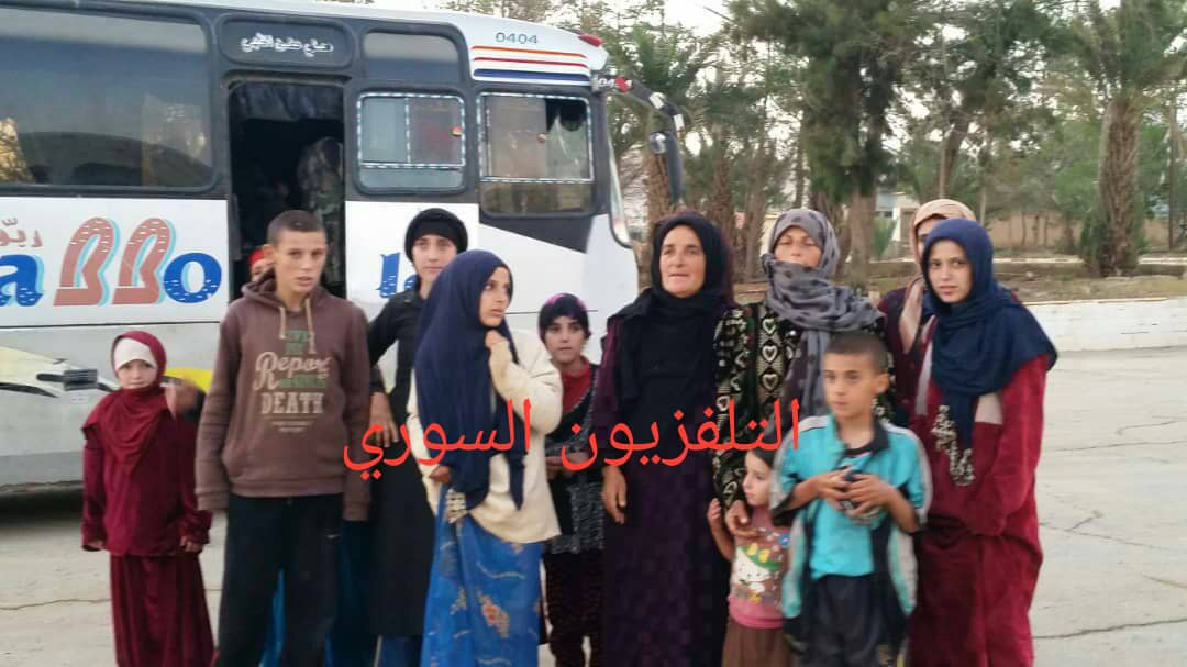 Photo of Syrian Army liberates all 19 women and children abducted by ISIS terrorists from Sweida province